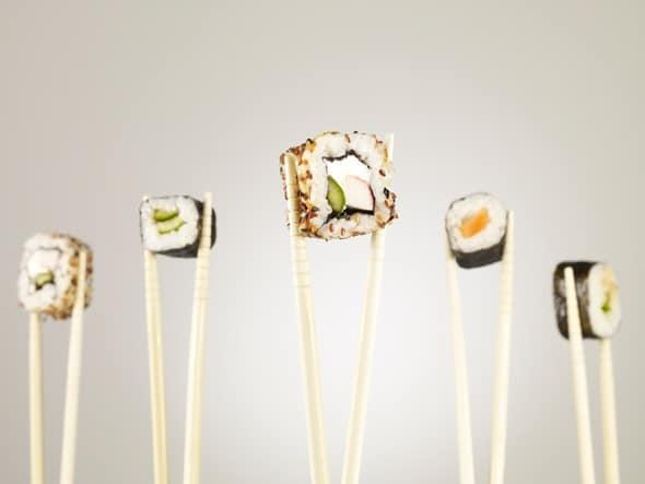 sushi chua nhieu muoi